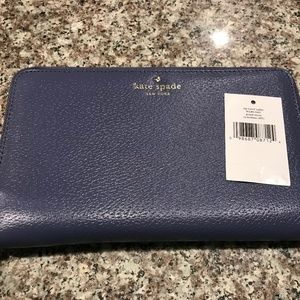 Kate Spade Grand Street Travel Wallet NWT